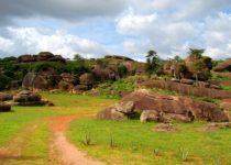 Достопримечательности Нигерии – от лиц на скале до мечетей
